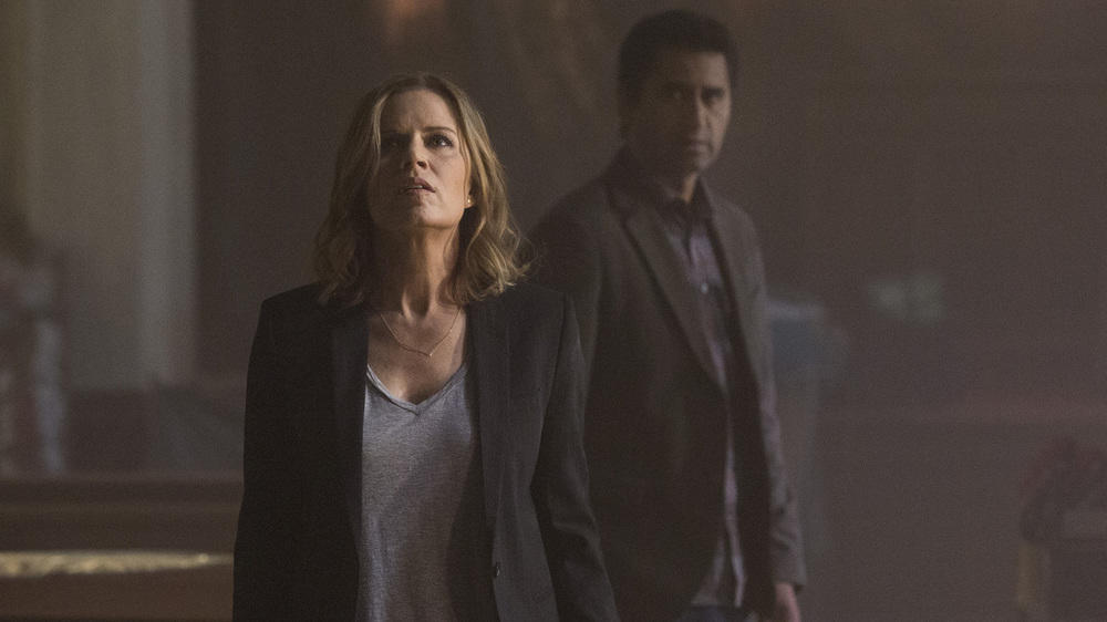 "Lichter aus: Neuer Teaser zu ""Fear the Walking Dead"""