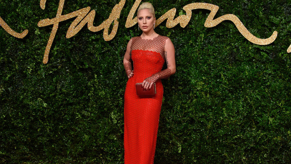 Diese Stars glänzten bei den British Fashion Awards
