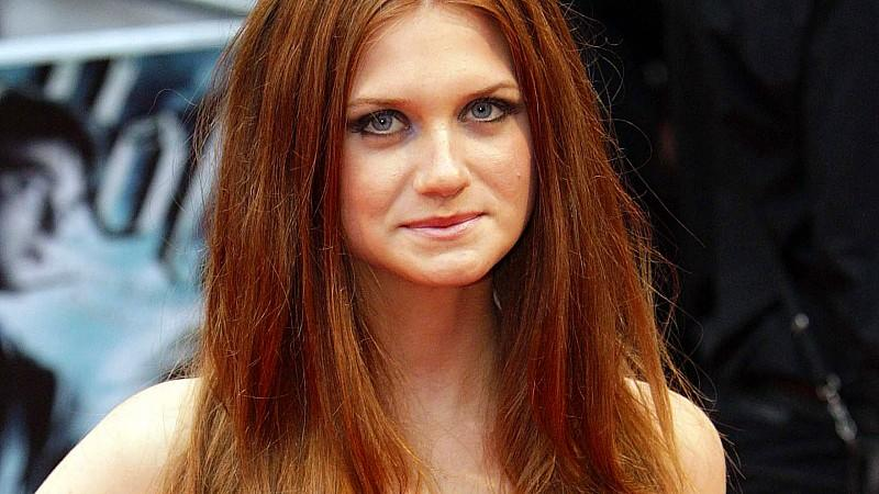 Harry Potter-Star Bonnie Wright ist verlobt!