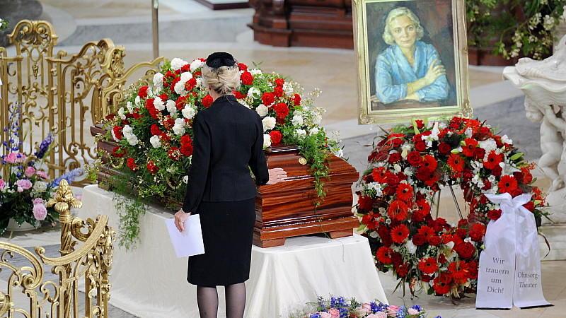Heidi Kabel Trauerfeier In Der Michaeliskirche