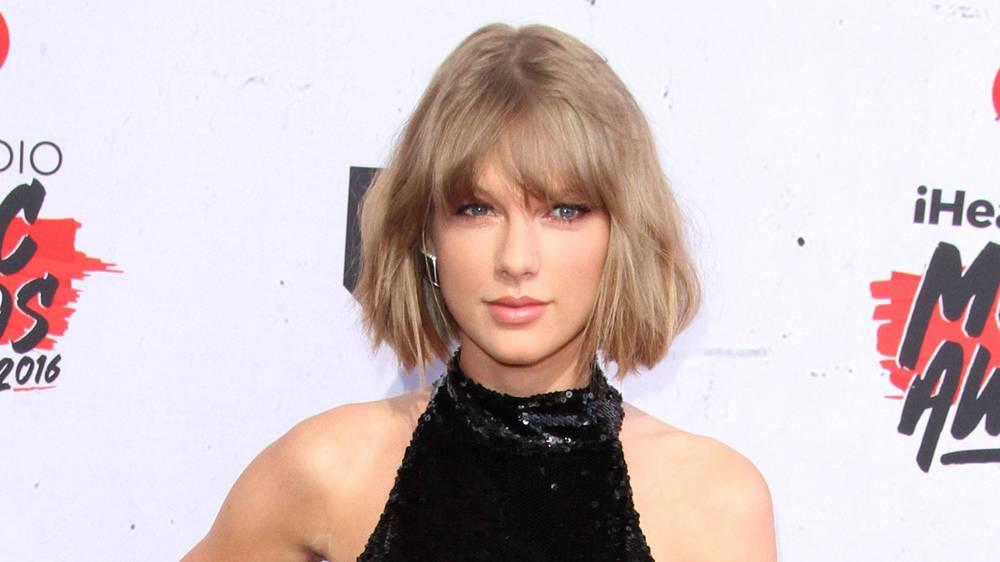 Taylor Swift rockt im Bad zu Jimmy Eat World