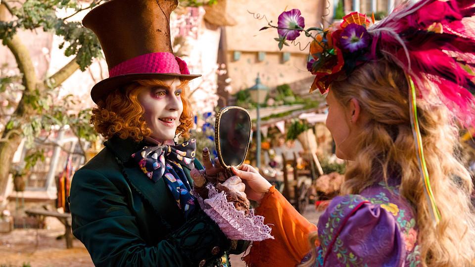 Filmkritik Zu Alice Im Wunderland Hinter Den Spiegeln Johnny