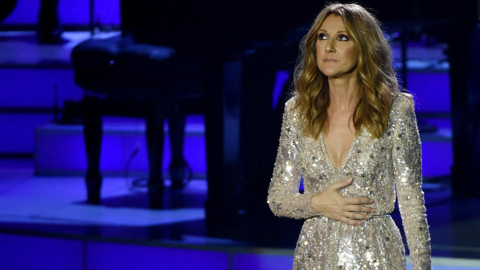 LAS VEGAS, NV - AUGUST 27:  Singer Celine Dion performs at The Colosseum at Caesars Palace as she resumes her residency on August 27, 2015 in Las Vegas, Nevada. The show had been on hiatus since August 2014 when Dion stopped performing to care for he
