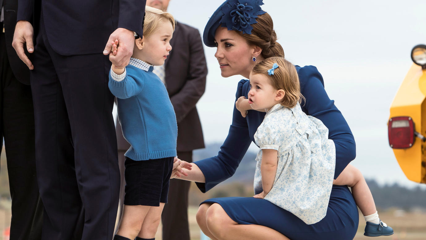 Britain's Prince William, Catherine, Duchess of Cambridge, Prince George and Princess Charlotte arrive at the Victoria International Airport for the start of their eight day royal tour to Canada in Victoria, British Columbia, Canada, September 24, 20