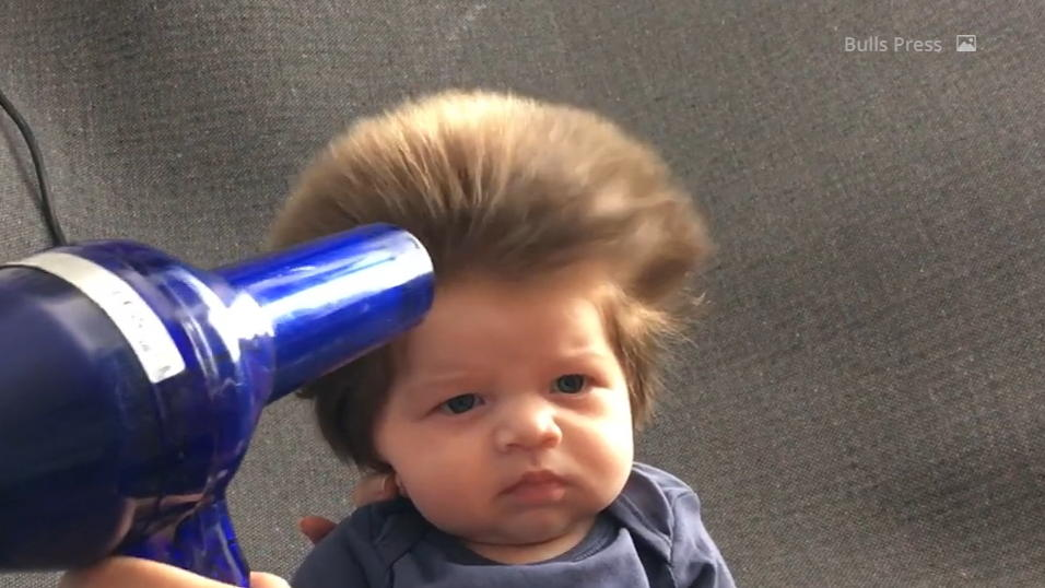 Baby Haare Föhnen