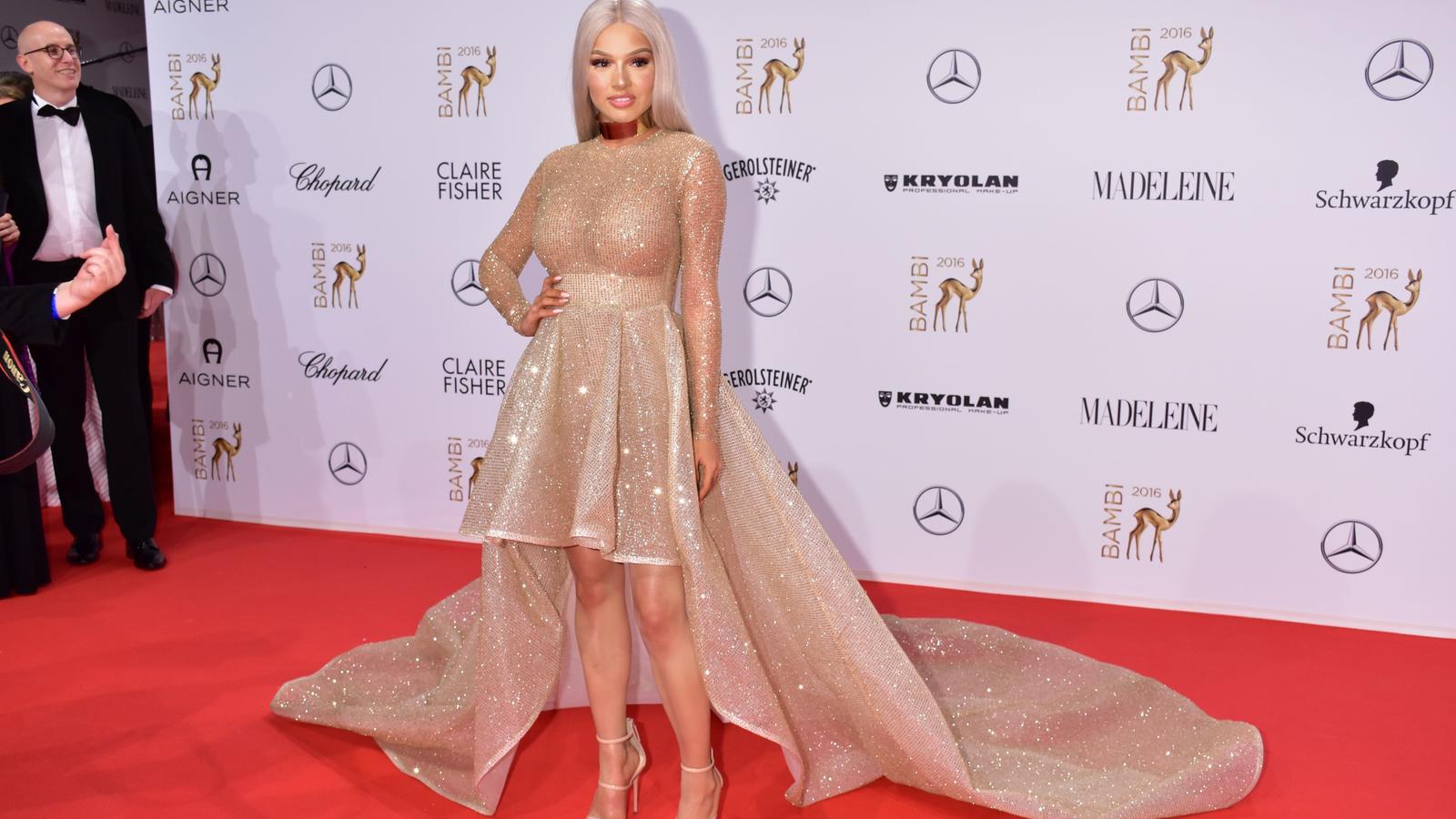 Bambi 2016: Shirin David zieht in Jennifer Lopez\' Kleid die Blicke ...