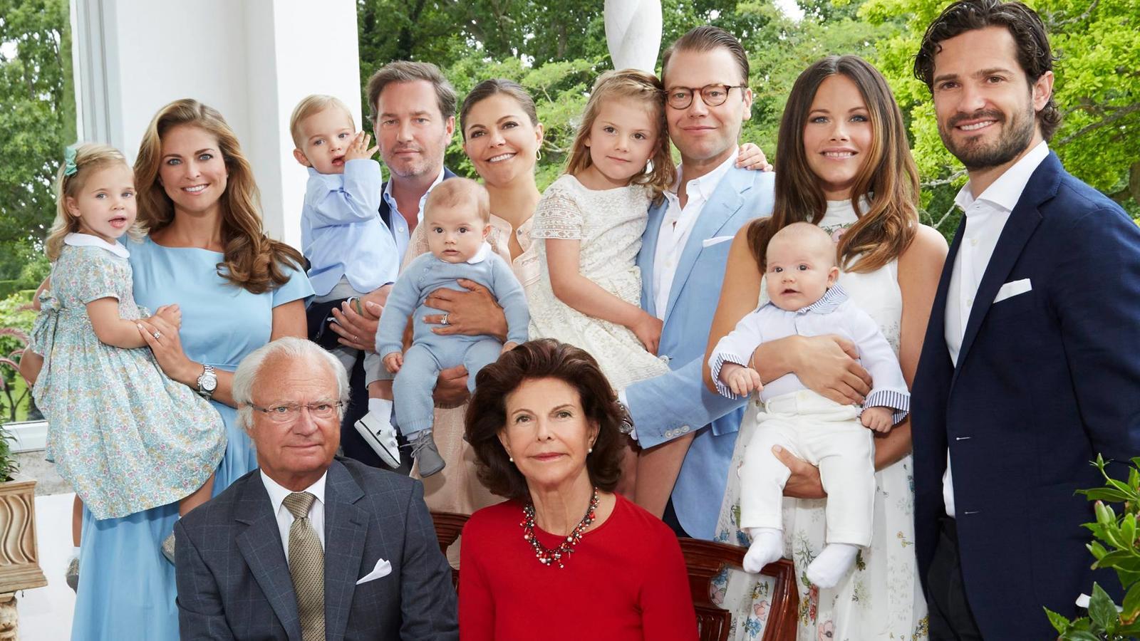 Schweden-Royals: Neujahrsgrüße in sommerlichem Look