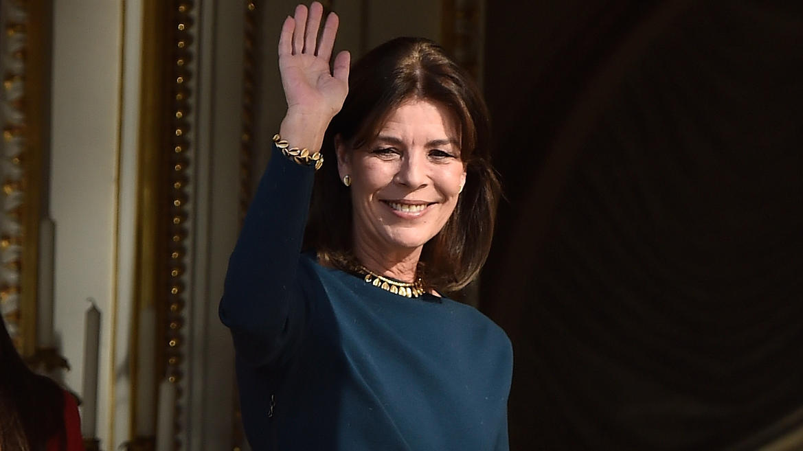 MONACO - JANUARY 07:  Princess Caroline of Monaco waves to the crowd as she attends the official presentation of the Monaco Twins on January 7, 2015 in Monaco, Monaco.  (Photo by Pascal Le Segretain/Getty Images)