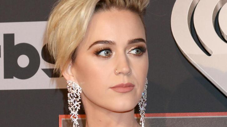 Katy Perry über Ihren Neuen Haarschnitt Ich Wollte Immer Wie Miley