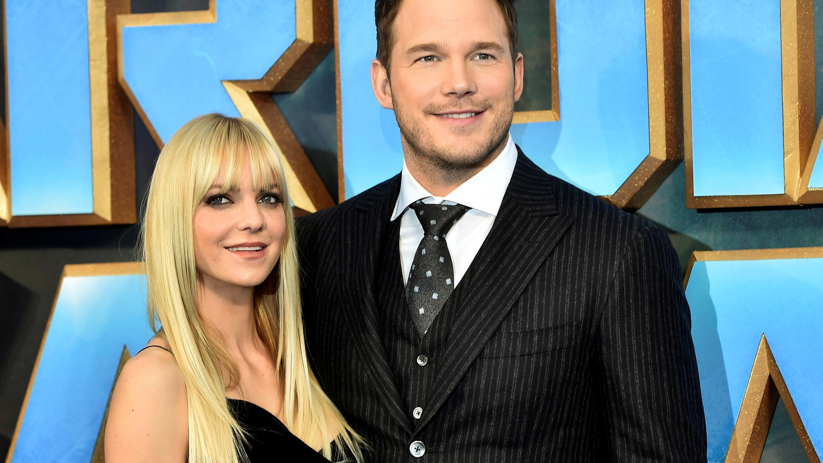 "FILE PHOTO Chris Pratt (R) poses with his wife Anna Faris as they attend a premiere of the film ""Guardians of the galaxy, Vol. 2"" in London April 24, 2017. REUTERS/Hannah McKay/File Photo"