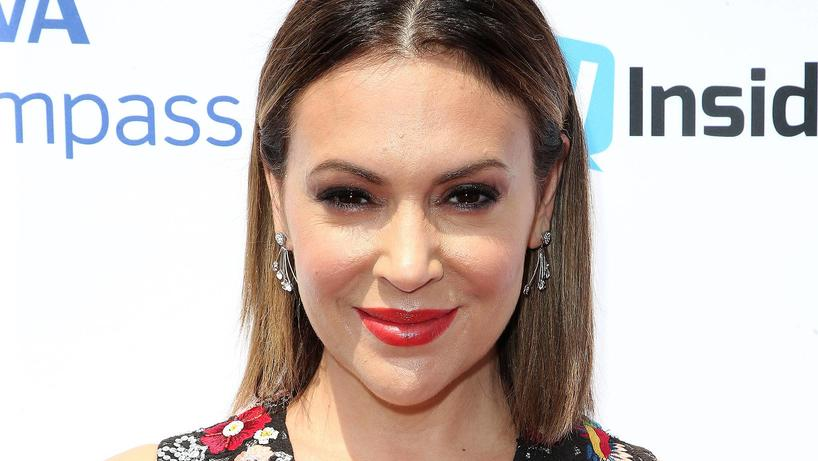September 16, 2017 - Hollywood, California, U.S. - 16 September 2017 - Hollywood, California - Alyssa Milano. Television Industry Advocacy Awards held at TAO Hollywood. Photo Credit: F. Sadou/AdMedia Hollywood U.S. PUBLICATIONxINxGERxSUIxAUTxONLY - Z