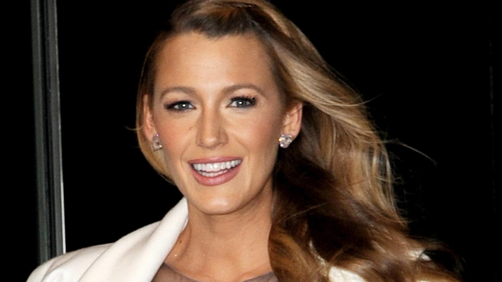 Blake Lively was seen in New York City. Blake Lively New York United States PUBLICATIONxINxGERxSUIxAUTxONLY 554793