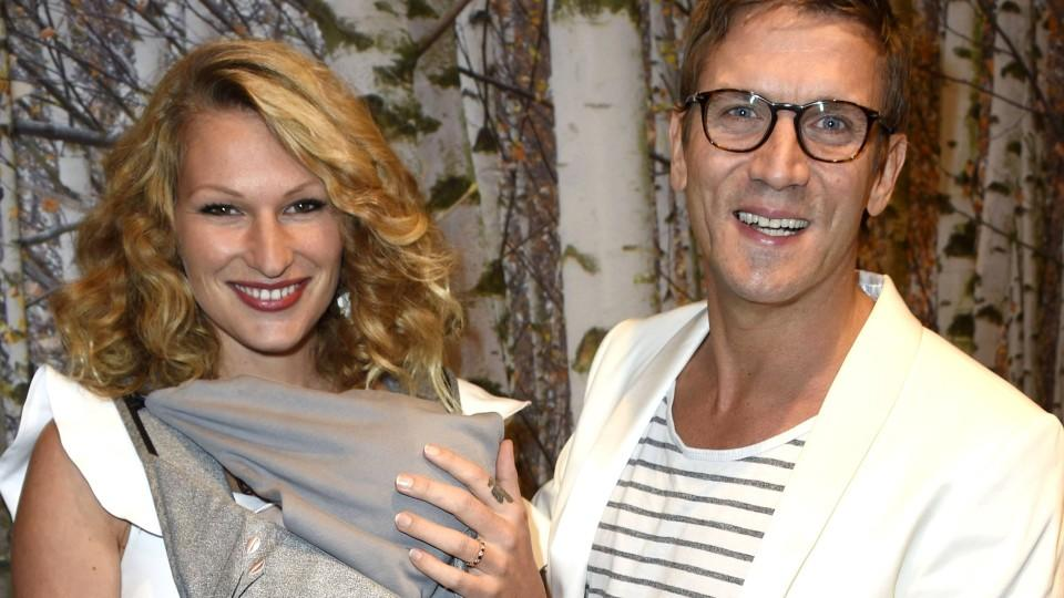 Peer Kusmagk und Freundin Janni Hönscheid mit Sohn Emil-Ocean bei der 10 Jahre TK Maxx Deutschland Party im TK Maxx Berlin Kant-Center. Berlin, 18.10.2017 *** Peer Kusmagk and Girlfriend Janni Hönscheid with Son Emil Ocean at the 10 Years TK Maxx Ger