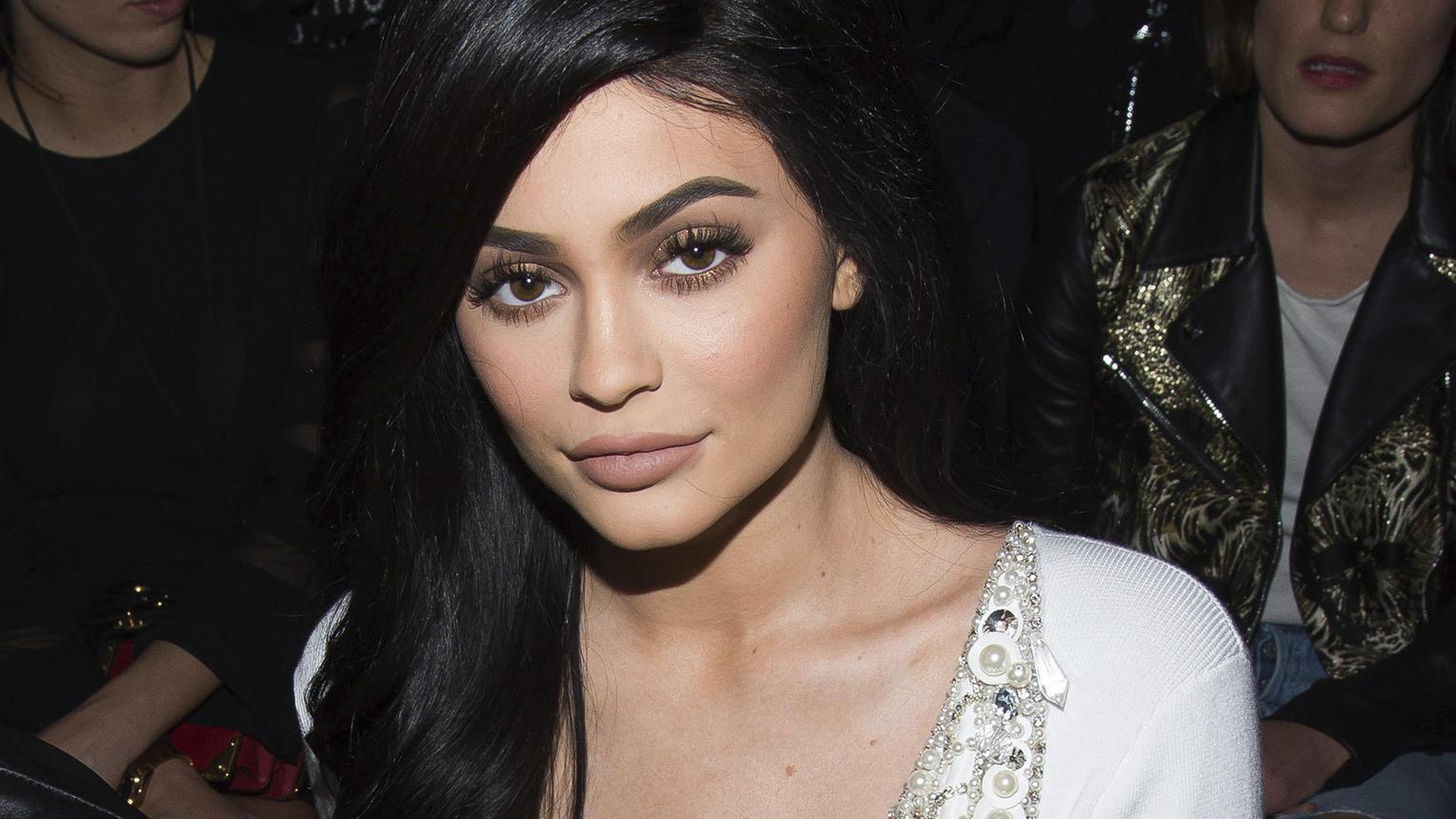 Kylie Jenner verrät den Namen ihrer kleinen Tochter
