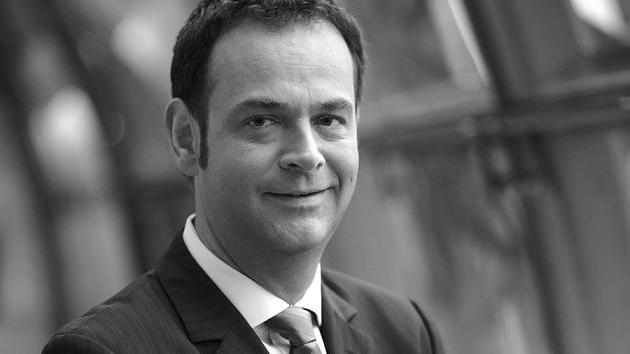 Qvc Moderator Gestorben 2018: Sat.1-Moderator Martin Haas (†55): Rätselraten Um Die