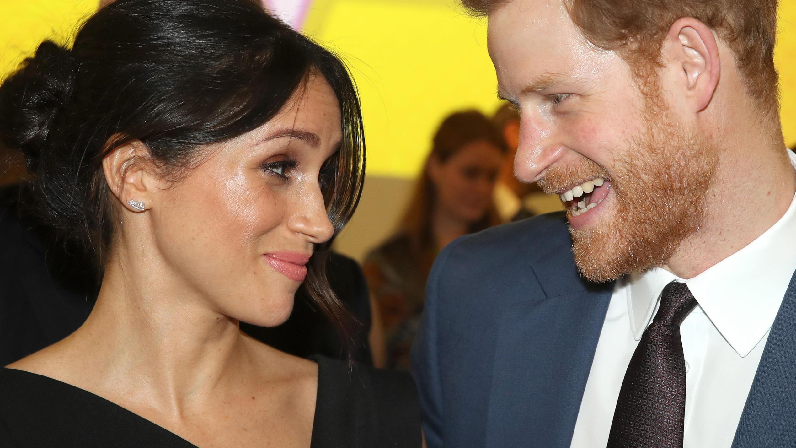 Es ist offiziell: Prinz Harry und Meghan Markle sind ein Paar
