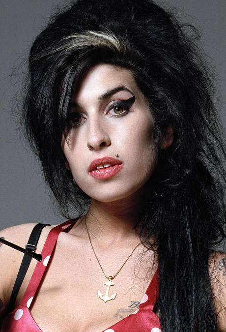 alle infos news zu amy winehouse. Black Bedroom Furniture Sets. Home Design Ideas
