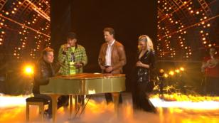 "Dieter, Alex, Juliette und Pietro. singen ""We Have A Dream"""